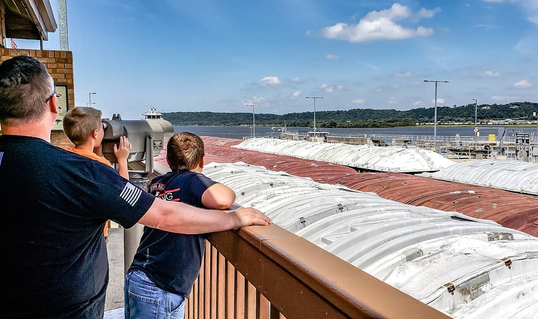 Barge going through Dubuque lock and dam